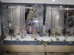 Christmas Magic Storefront Lighting Contest 2017 4